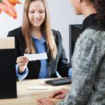 Защо понякога е грешка да взимате кредит чрез познат